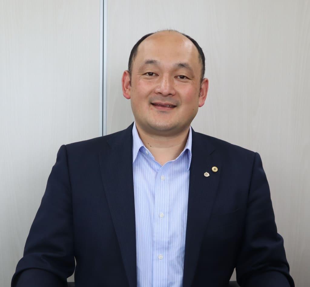 代表取締役野田英紀写真|社会労務士法人九州人事労務オフィス